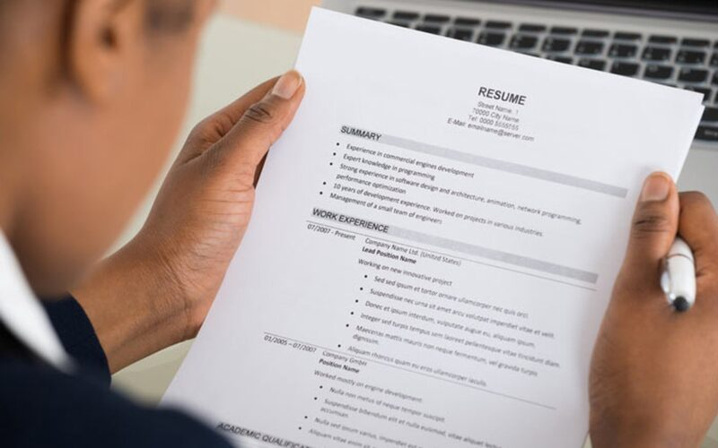 6 Ways to Make a Resume Stand Out