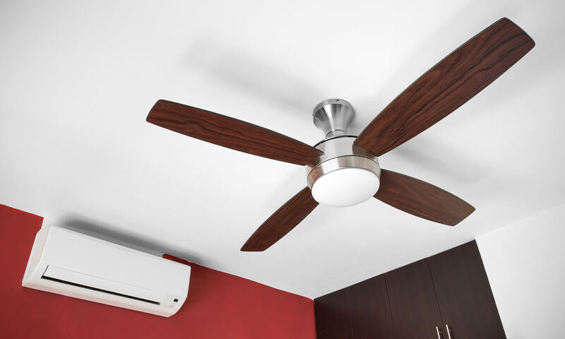 Why shouldn't an air conditioner and a fan be used together